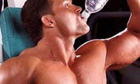 Νερό: Το πιο αναβολικό και το πιο παραμελημένο θρεπτικό συστατικό για το Bodybuilding