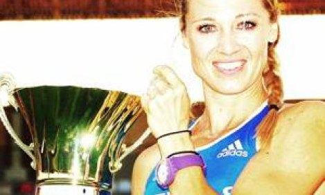 """Χριστίνα Χατζή: Η υπερπρωταθλήτρια στίβου κάνει """"στροφή"""" από τα κουλουάρ..."""